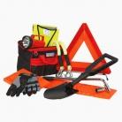 Odporúčaná výbava vozidla v zime: Zíde sa nielen škrabka ale aj lopatka a reťaze